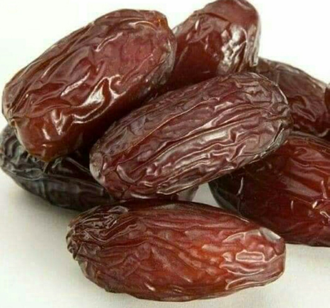 Side Effects and Health Benefits of Eating Date Fruit